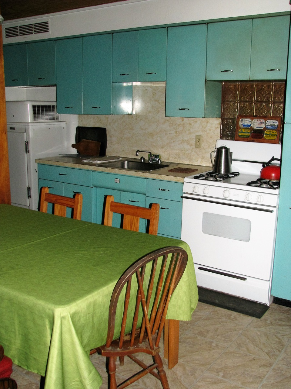 Kitchen in the North Housekeeping Lodge